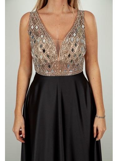 Belamore  Siyah V Yaka Göğüs Altı Ve Sırtı Transparan Cepli Saten Kumaş Abiye & Mezuniyet Elbisesi 1301518.01 Siyah